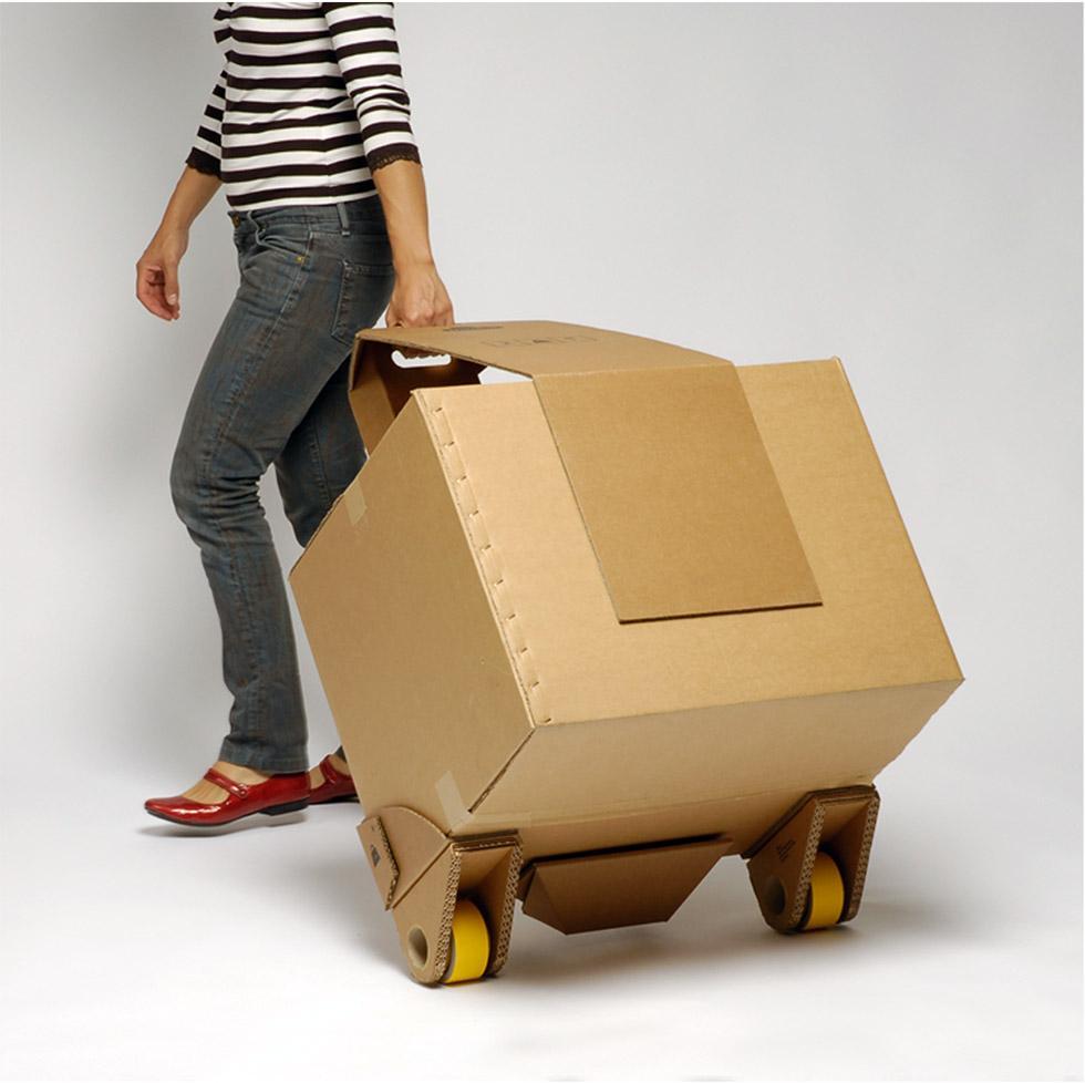 Как сделать машину для кота из коробки